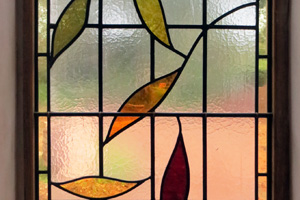stained glass windows bromsgrove